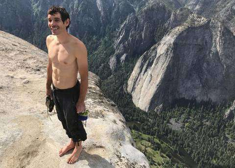 Alex Honnold ha scalato El Capitan in libera (foto jimmy chin)